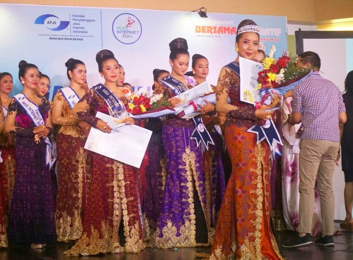 Miss Internet Bali 2018 by APJII Bali at Park 23 Mall.