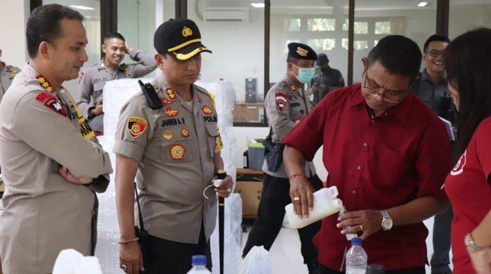 Bali Police and Udayana University Create Hand Sanitizer from Arak Bali