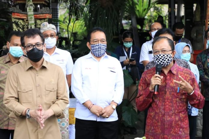 Left to Right: Tourism and Creative Economy Minister Wishnutama Kusubandio, Bali Deputy Governor Cok Ace, Bali Governor Wayan Koster. (Picture: Bali Provincial Government)