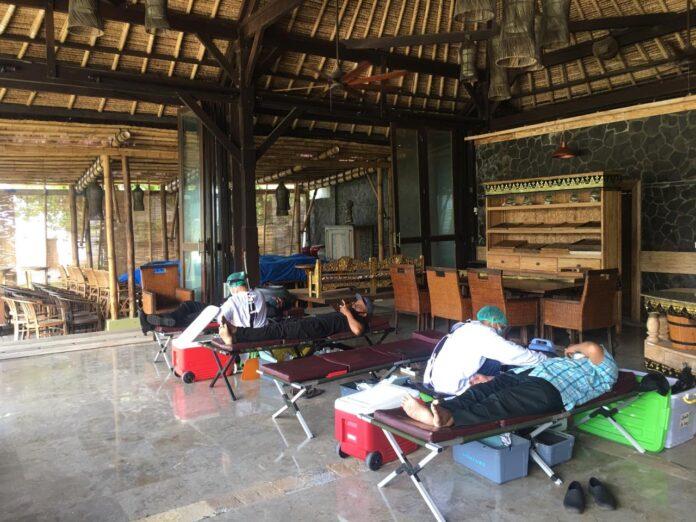 Blood donation activity at Belmond Jimbaran Puri Bali on Friday.
