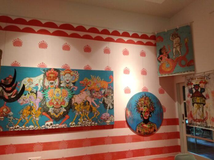 Paintings exhibited at Griya Santrian Gallery Sanur.