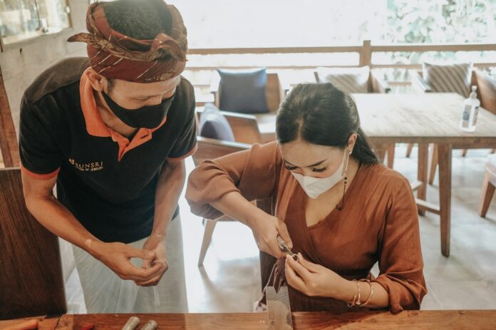 Jewelry-making class at the reopening of Sri Ratih Café & Jewelry.