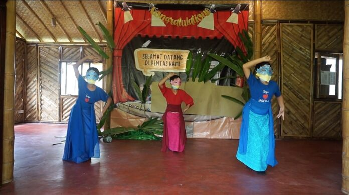 Begawan Foundation perform Animal Tales. (Picture: Begawan Foundation)