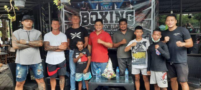 Press conference of boxing on water by Yayasan Pino Bahari Indonesia, in Denpasar, Friday.