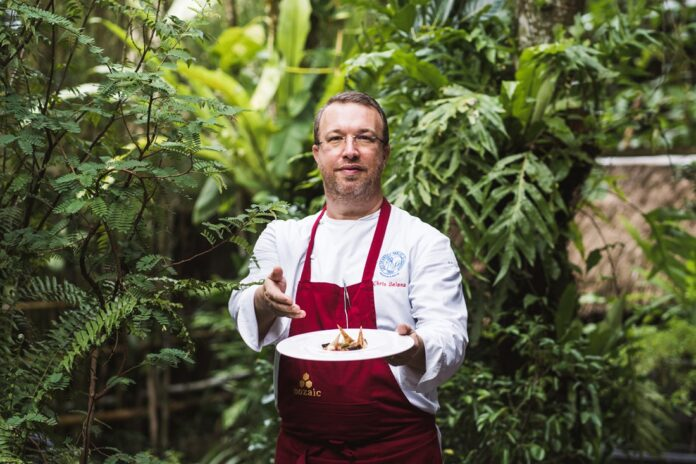 Chef Chris Salans. (Picture: Mozaic Restaurant)